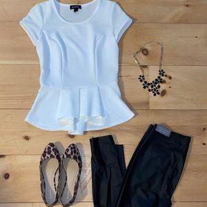Faux leather leggings 🖤